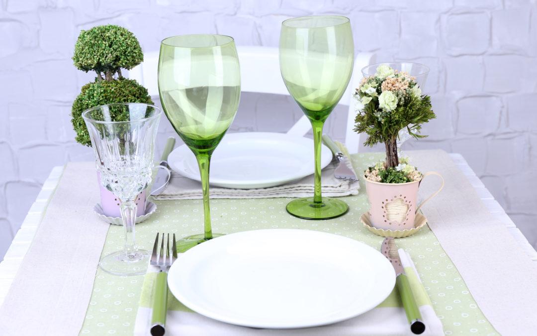 Você arruma sua mesa quando vai comer?